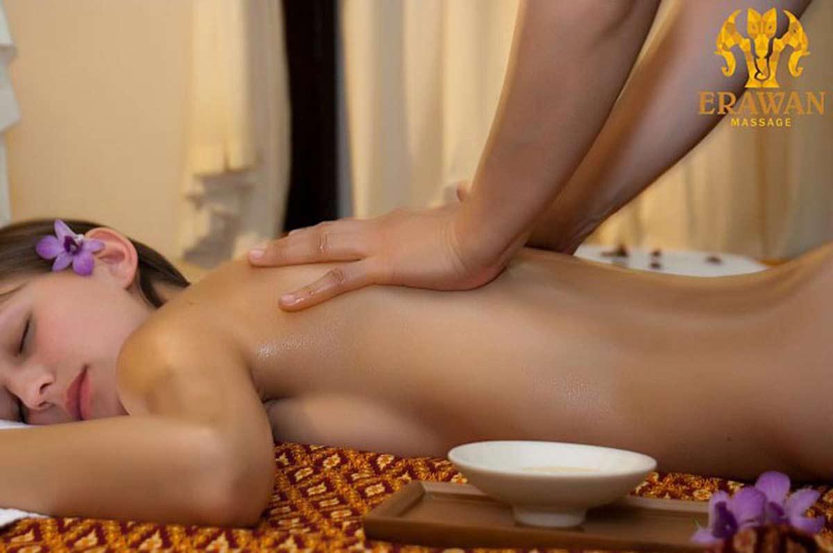sensuell massage skåne thaimassage handen